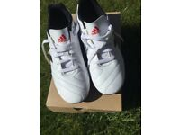 Adidas Goletto football boots, youth/kids size 2 EXCELLENT, As New