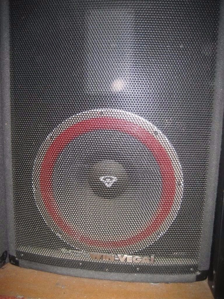 Cerwin Vega V 122 12 Inch Speaker Full Range Pa Cabinets 300 Watts Lenovo Thinkcenter E73 Fpif 4gb Intel Core I7