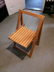 6 Foldable wooden dining chairs