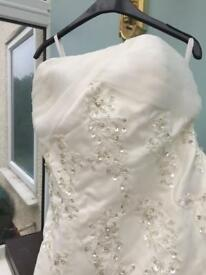 Wedding dress ivory size 12 Strapless
