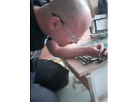 MULTY SKILLED HANDYMAN offering his service for any kind of refurbishing project or do gardening ,