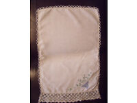 Vintage white linen, lace & embroidered antimacassar/sofa or chair back protector. Can post. £2.50