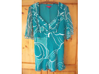MONSOON open short sleeve, V-neck, green/turquoise/white pattern top with sash. Size 12. £5 ovno