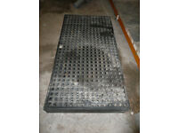 Large drum oil/chemical container drip spill pallet – 159x79x15cm