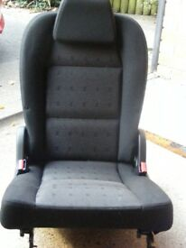 CAR SEAT, ADDITIONAL PLUG-IN SEAT