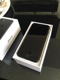 iPhone 7 ** Brand New Conditions **