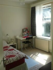 A cosy single room near Middlesex Univesrity/ all bills included