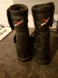 Blytz t3 Motorbike boots size 5 perfect condition