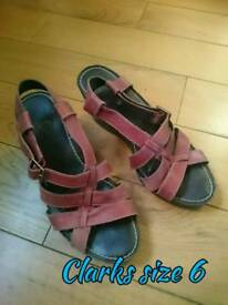 Ladies shoes size 6 clarks wedge