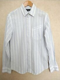 FRENCH CONNECTION Men's Medium White & Blue Graphic Spot Lined Shirt with Logos