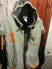 adidas hooded jacket size medium very good condition 22pounds ono