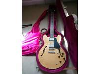 Gibson 335.