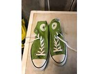 Green converse size 10