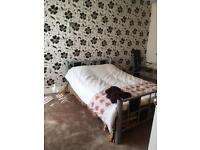 Double and single room in shared house