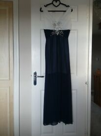 New with tags Navy/Off White Evening Dress size 14 from Quiz