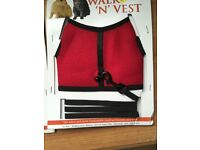 SMALL 'N' FURRY - WALK 'N' VEST - XL - SUIT CAT OR RABBIT - RED OR NAVY