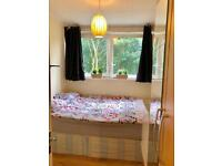 >>LOVELY SINGLE ROOM AVAILABLE 6MINS BY WALK TO LIMEHOUSE STATION ON DLR<<