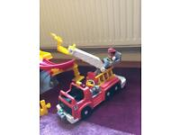 Fisher Price Little People Garage, 3 cars, 2 mechanics, fire engine and fireman