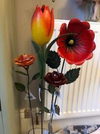 🎄🎁💐 Lovely metal tulip