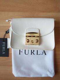 woman bag Furla Metropolis