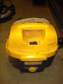 Dewalt wet and dry corded vacuum