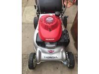 """Honda Izy 18"""" self propelled petrol mower"""