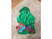 3-4 boys night gown slippers size 7