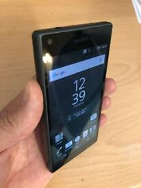 Sony Experia Z5 compact 32gb factory unlocked as new.