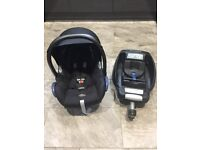 Maxi Cosi Cabriofix Car Seat and Easy Fix Isofix Base