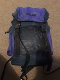 Green/Purple 3Season Sleeping Bag, Rucksack, Pillow, Plate, Dish. Scouts/Cubs/Brownies/Girls Brigade