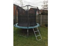 8ft trampoline with net, steps and cover