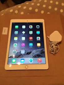 iPad Air 2 16GB Wifi and Cellular - Gold.