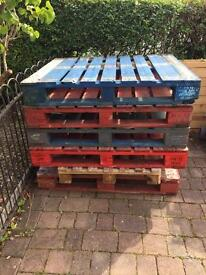 Taken - 8 wooden pallets - ideal for garden projects