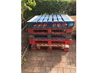 Free - 8 wooden pallets - ideal for garden projects
