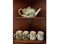 House of Hackney - Teapot and Cups in Palmeral Print - Fine bone china in Mint condition