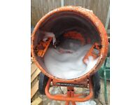 Belle 110v mini mix, approx 1 year old, clean and in fully working order.