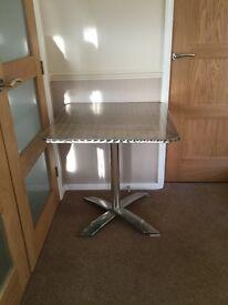 Aluminium tilt folding table
