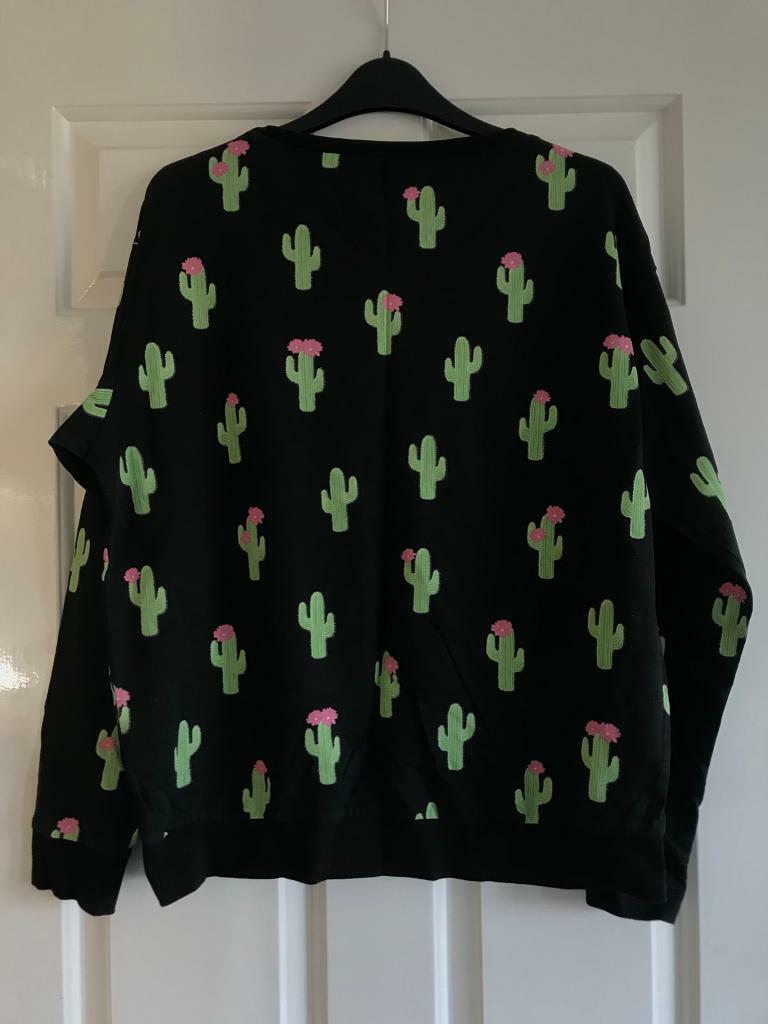 H M cactus print sweatshirt  836753a89