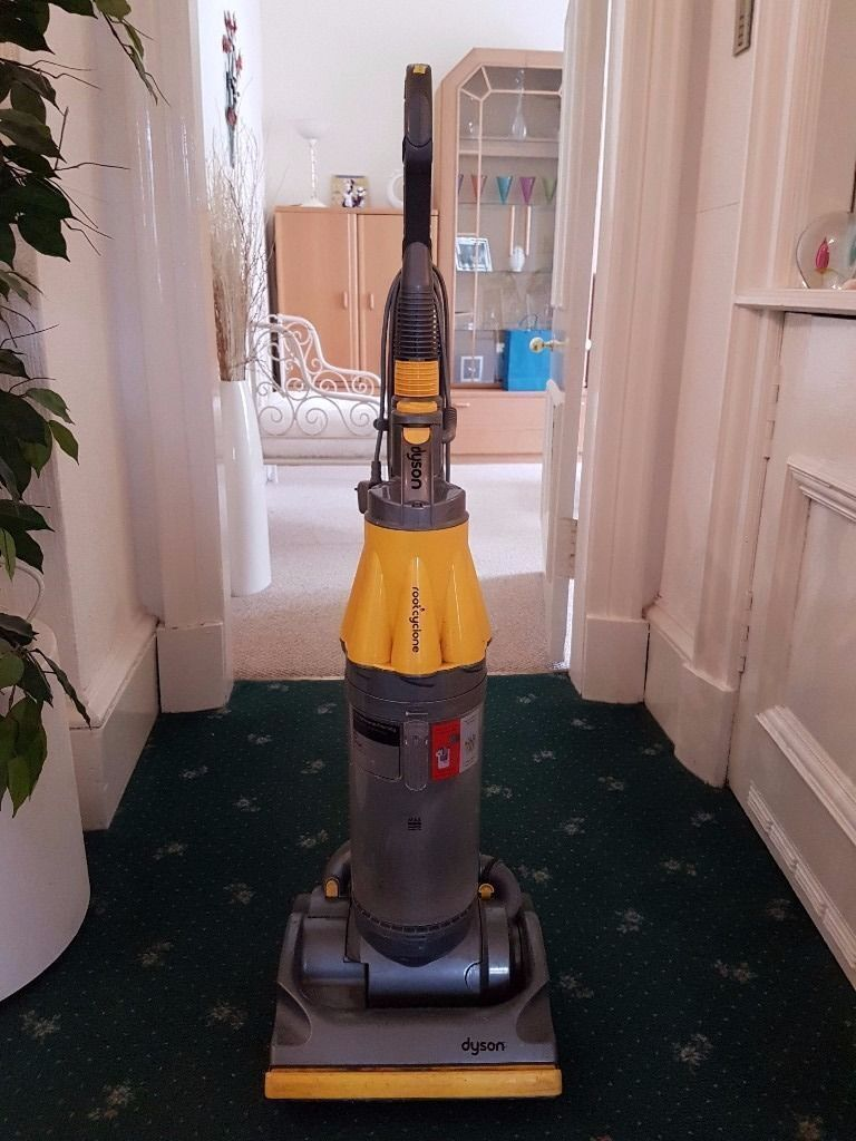 Dyson DCO7 Hoover (DELIVERY AVAILABLE)