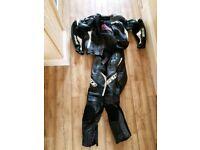 Spada predator 2 piece leathers