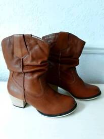 M & S Autograph leather ankle boots size 4