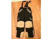 Great Condition - Trespass Ski Snowboarding Snow Trousers - Child Age 9 - 10 Years