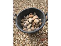 Large pebbles/stones