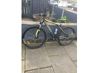 Gt karakoram mountain bike size large as new condition rock shock lockout front suspension