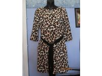 TIGER ANIMAL PRINT DRESS 3 QUARTER SLEEVES FULLY LINED SIZE 36 8/10