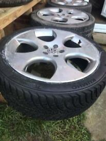 Set of 4 monza Alloys with 2 new tyres