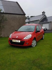 2010 mint clio extream with very low miles
