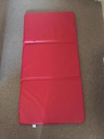 Kids sleep mat folding