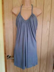 Grey top size 16