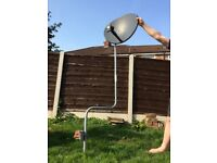 £5. Sky dish on large mounting pole